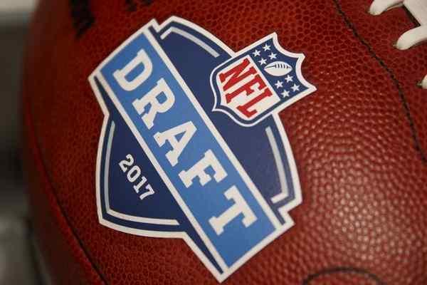 Logo Draft 2017