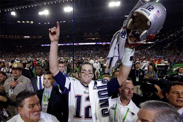 Tom Brady : 4 TD, 4 Super Bowls, 3 MVP